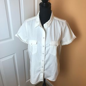 Levi Strauss & Co. Classic Fit short sleeves shirt